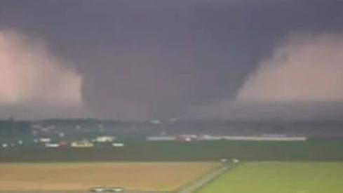 Oklahoma_tornado___1732047q