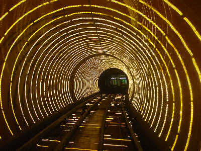 bund-sightseeing-tunnel
